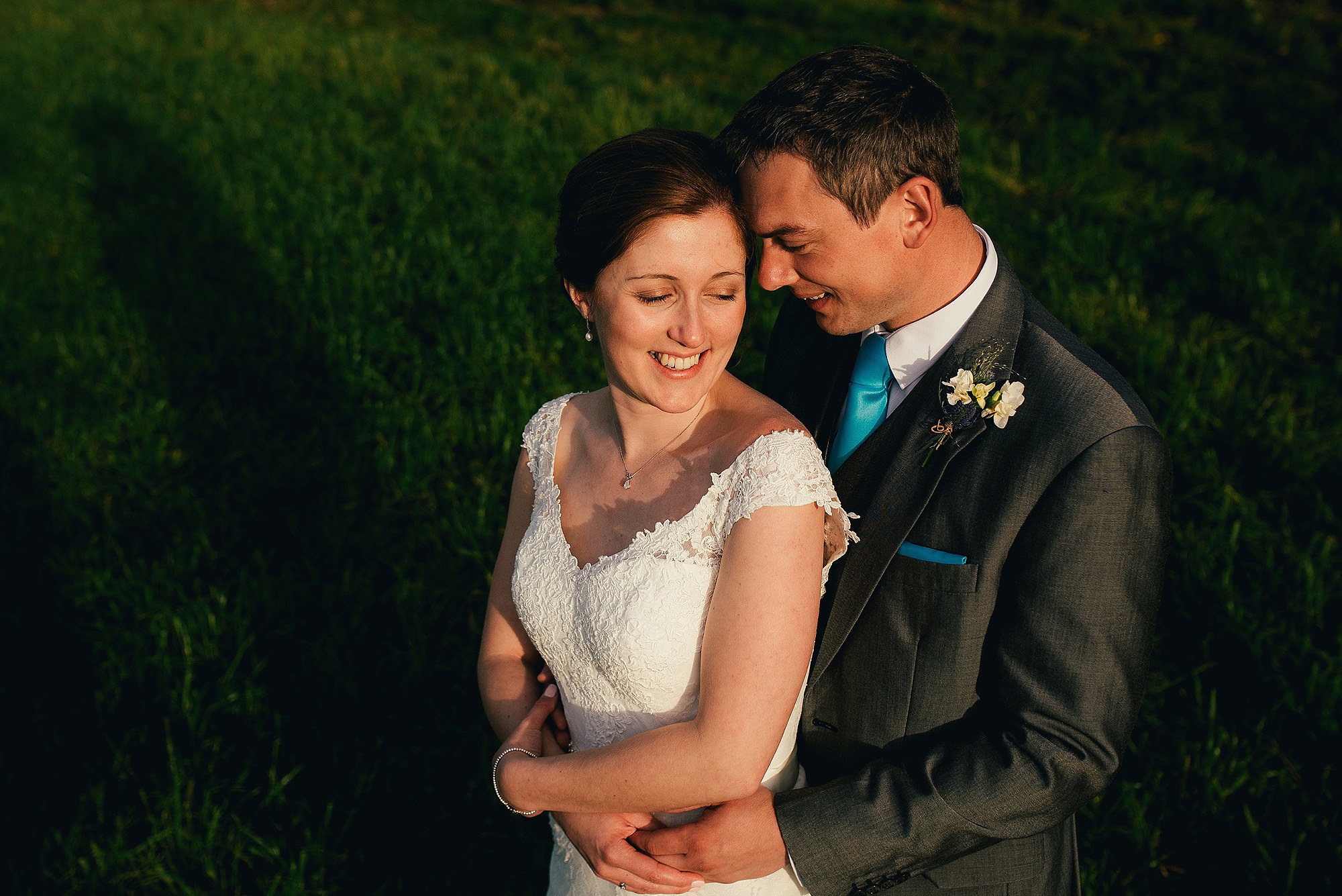 Relaxed outdoor wedding couple portraits
