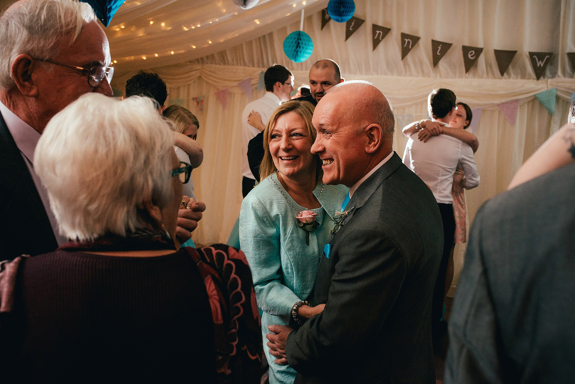 parents dancing at wedding