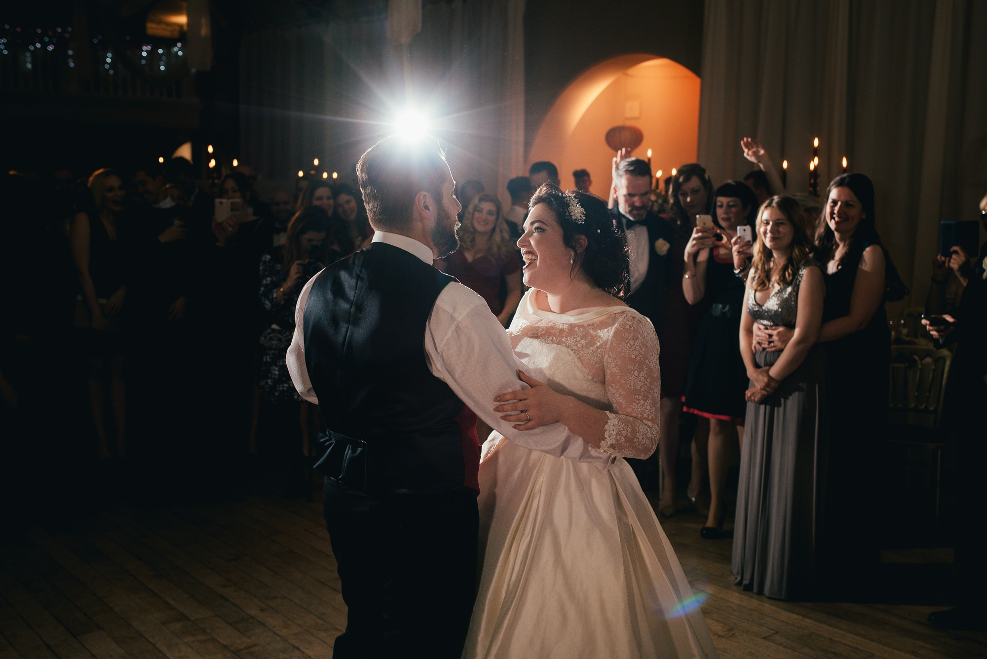 flash lit first dance wedding